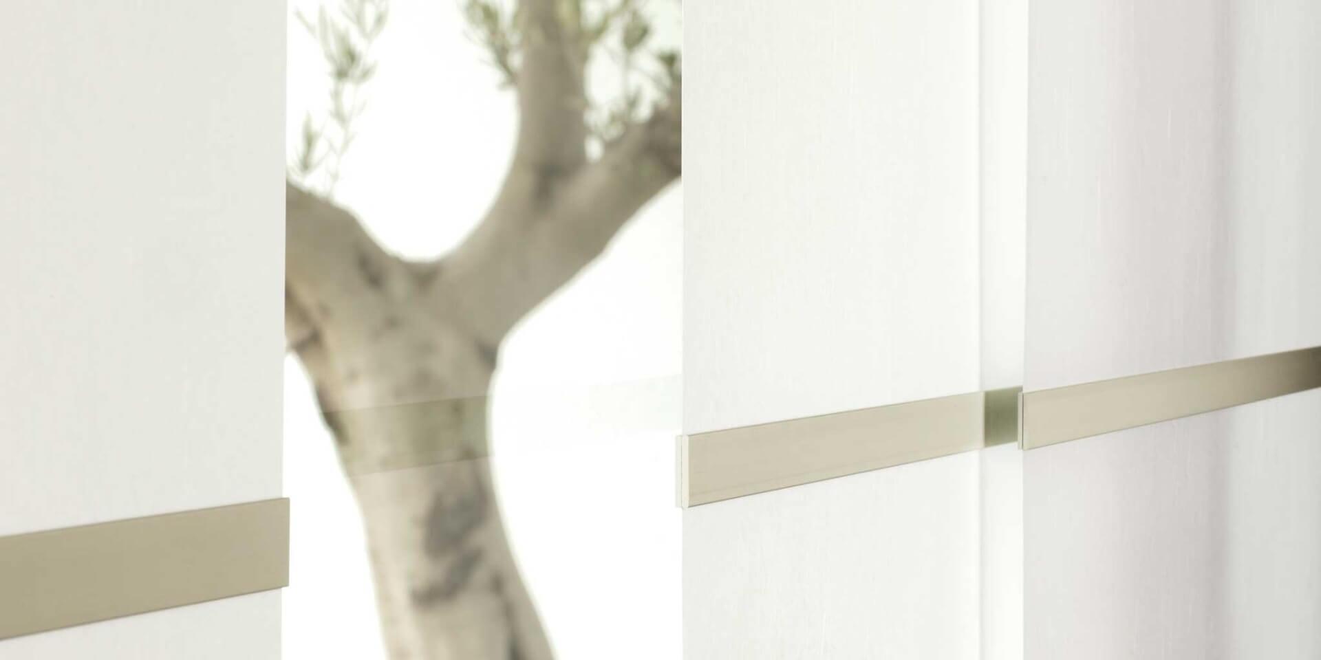 Japonské stěny s dřevěnými prvky